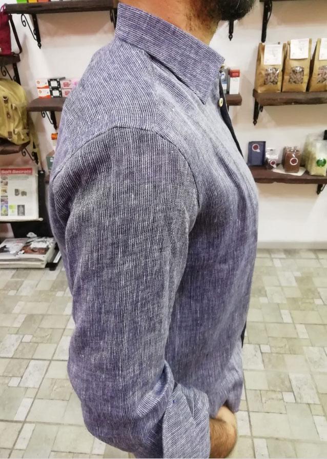 camicia canapa indossata